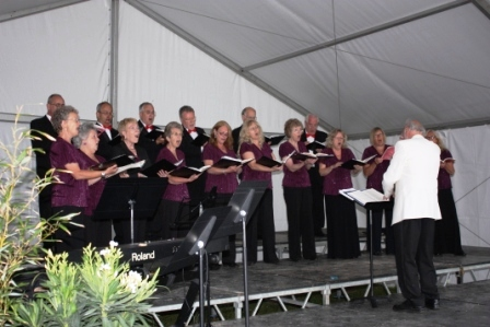 The Maidstone Singers in formal setting.